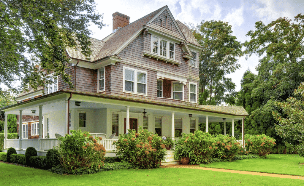 House for Sale in East Hampton for article on How to be a Good House Guest.